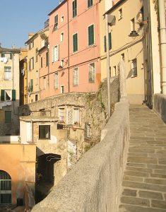 Genova ormeggio mura del Barbarossa